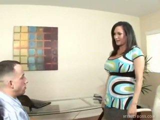 Milf stephanie wylde demands younger sesso