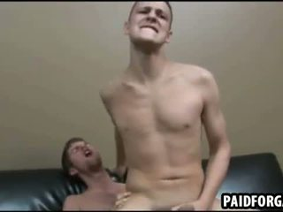 Diese two sexy amateru studs are having anal