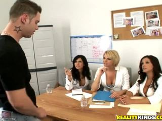 Francesca อาย, brianna และ a male แบบ