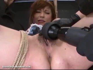 Ekstremalus putė punishment su ištvirkęs japoniškas ir jos plaukuotas putė
