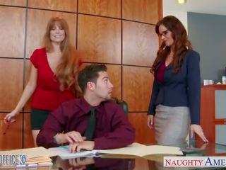 Mqmf oficina chicas darla crane y syren de mer compartir rabo