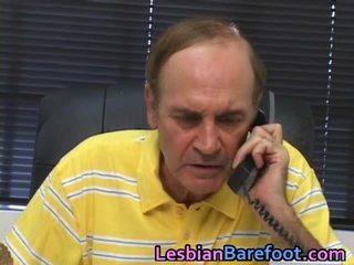 Muda lesbian has sleaze alat kemaluan wanita dan bajingan tunnel