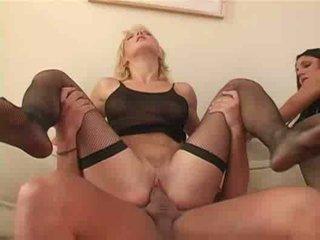 Amateur foursome fucking anal