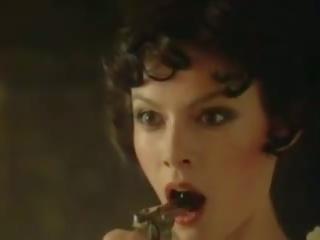 velike joške, erotika, francoska