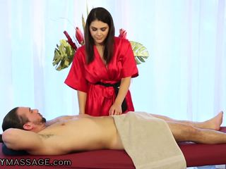 Fantasymassage um especial italiana massagem