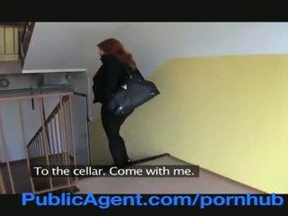 Publicagent одружена рудоволоса does анал в the cellar