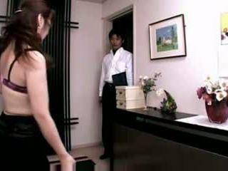 Don't ทราบ the สามี the การแปลงเพศ behavior ของ เมีย
