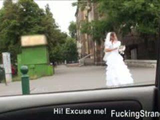 Desperate 花嫁 amirah adara gets ファック somewhere で 公共