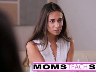 媽媽 seduces 兒子 在 硬 快 他媽的 lessons <span class=duration>- 12 min</span>