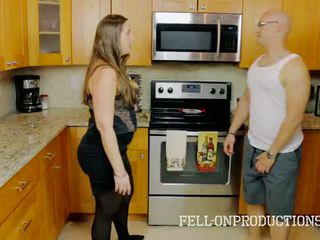 [taboo passions] madisin lee in cooking for kakamyň aýaly