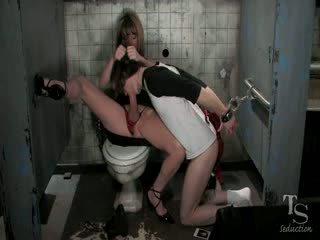 Pervert tranny eats a chap in a public toilet