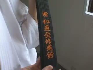 Hitomi tanaka. マスター クラス karate.