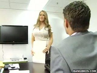 Su bueno a ser la secretaria