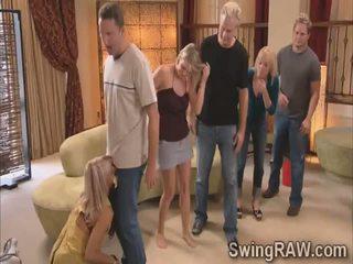 Michael și kimberly alătura partener schimbate couples în o salbatic petrecere