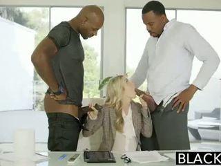 Blacked cornuto interrazziale porno su blacked.hugescock.com