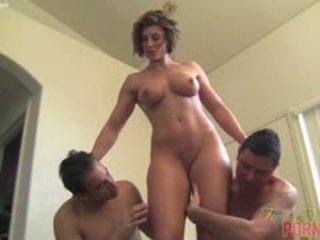 brunetă cele mai multe, cur mare, online threesome