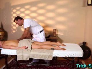 Горещ blondes oily масаж
