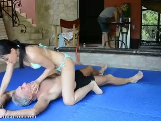 Misto wrestling - abbie cat vs jean