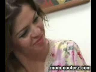 Jag kärlek min stepmoms stor tuttarna