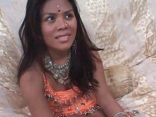 Panas temuramah sebelum keras seks dengan satu warga india remaja