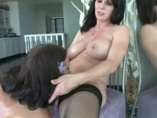 Ivy winters i rayveness napalone lesbijskie babes dostać dildo seks