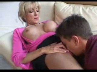 This mature women fucks a younger man ...