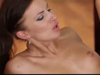 מפרפר אורגיה: חופשי בוגר פורנו וידאו 36