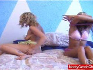 Sara Gets Dirty Plus Her Lesbian Frien...
