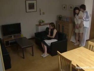 Jaapani teismeline takes a riist