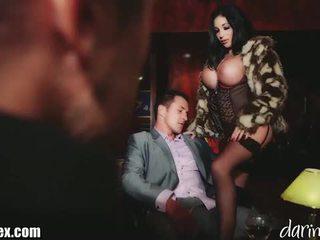 Huge titteed babe fucked hard