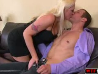 Alana evans encounters e thellë anale fucked