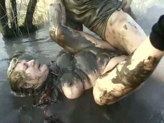 غير مطيع الإباحية أداء قريب إلى ل مقرف جدة having got laid في ال mud