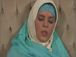 Arab muslim とともに すてきな ティッツ gets ファック doggy スタイル