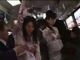 Japonesa chica forzado en tren