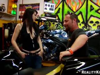 Erotic Biker Pussy Natalie Minx Has Di...