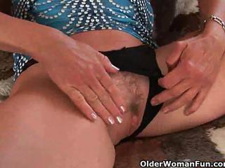 morena, big boobs, puma