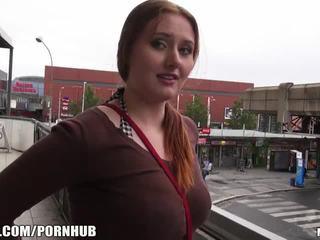 Mofos - röd hår, stor tuttarna