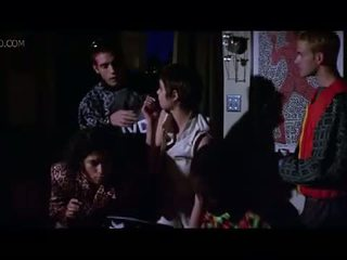 Celeb angelina jolie pusė boob ir seksas scena