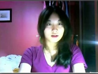 Asiatic adolescenta teasing pe camera