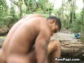 Latino hunk con audaz wazoo barebacking en superior y cumshots