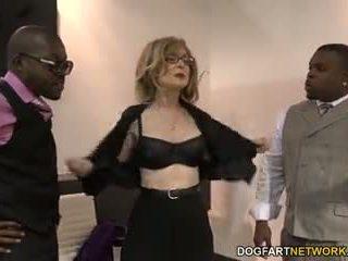 Nina hartley fucks mustanahaline guys jaoks votes