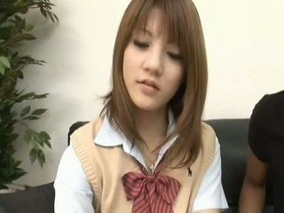 Risa tsukinoasian model is een heet schoolmeisje