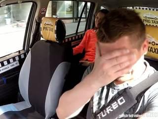 Cutest tonårs gets en fria taxi ritt, fria porr 80