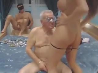 матусі, старий + молодий, італійська