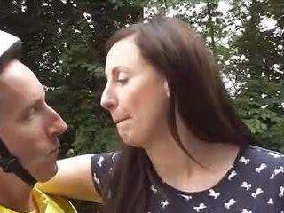 Británica madura loving bicicleta goes anal