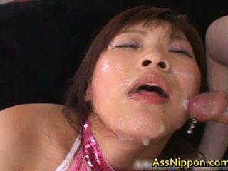 Haruka andou アジアの ティーン ふしだらな女 gives
