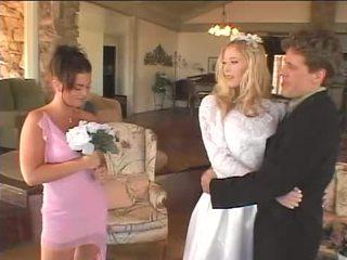 花嫁 のmake 彼女の メイド の honor 幸せな 再び