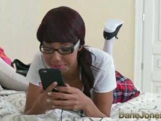 Dane jones joven negra adolescente facultad geek rides grande gorda blanca rabo