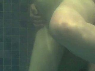 Dưới nước fucking - transando na piscina