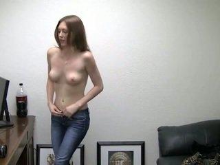 Alicia takes שלה תחתונים את. היא needs כסף
